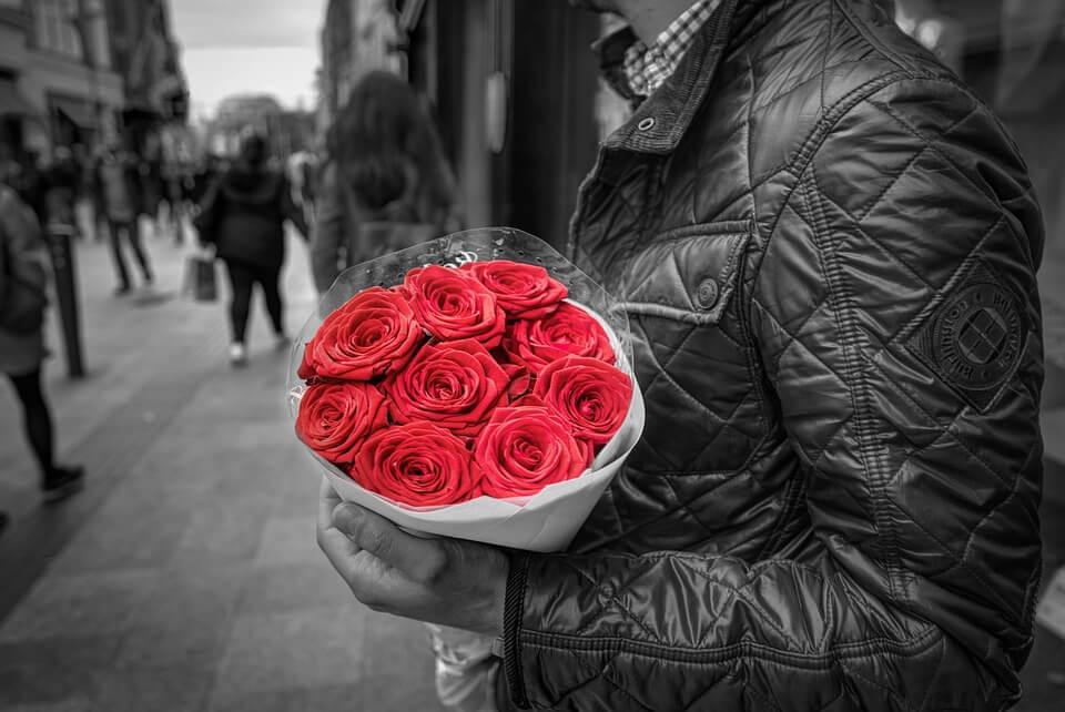 valentines-flowers-ecommerce