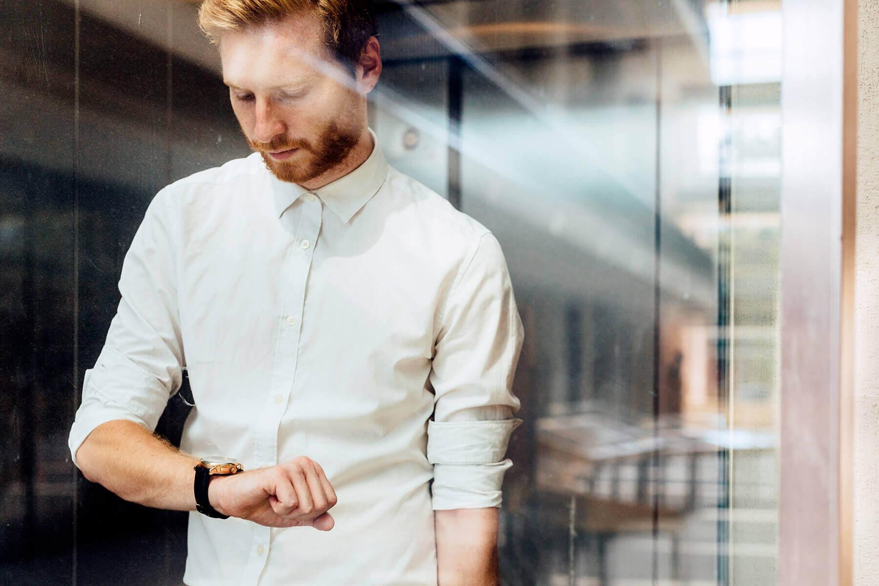 redhead watch tablet