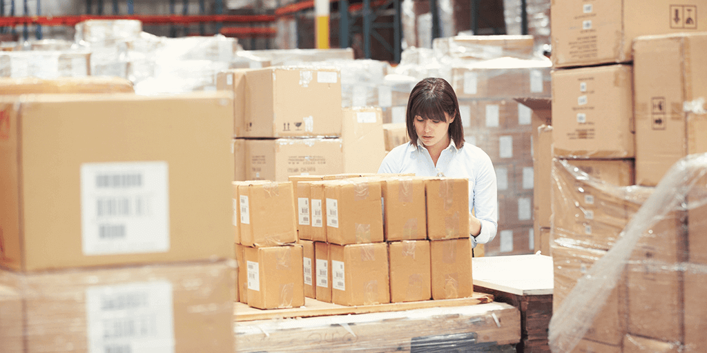 international ecommerce delivery warehouse